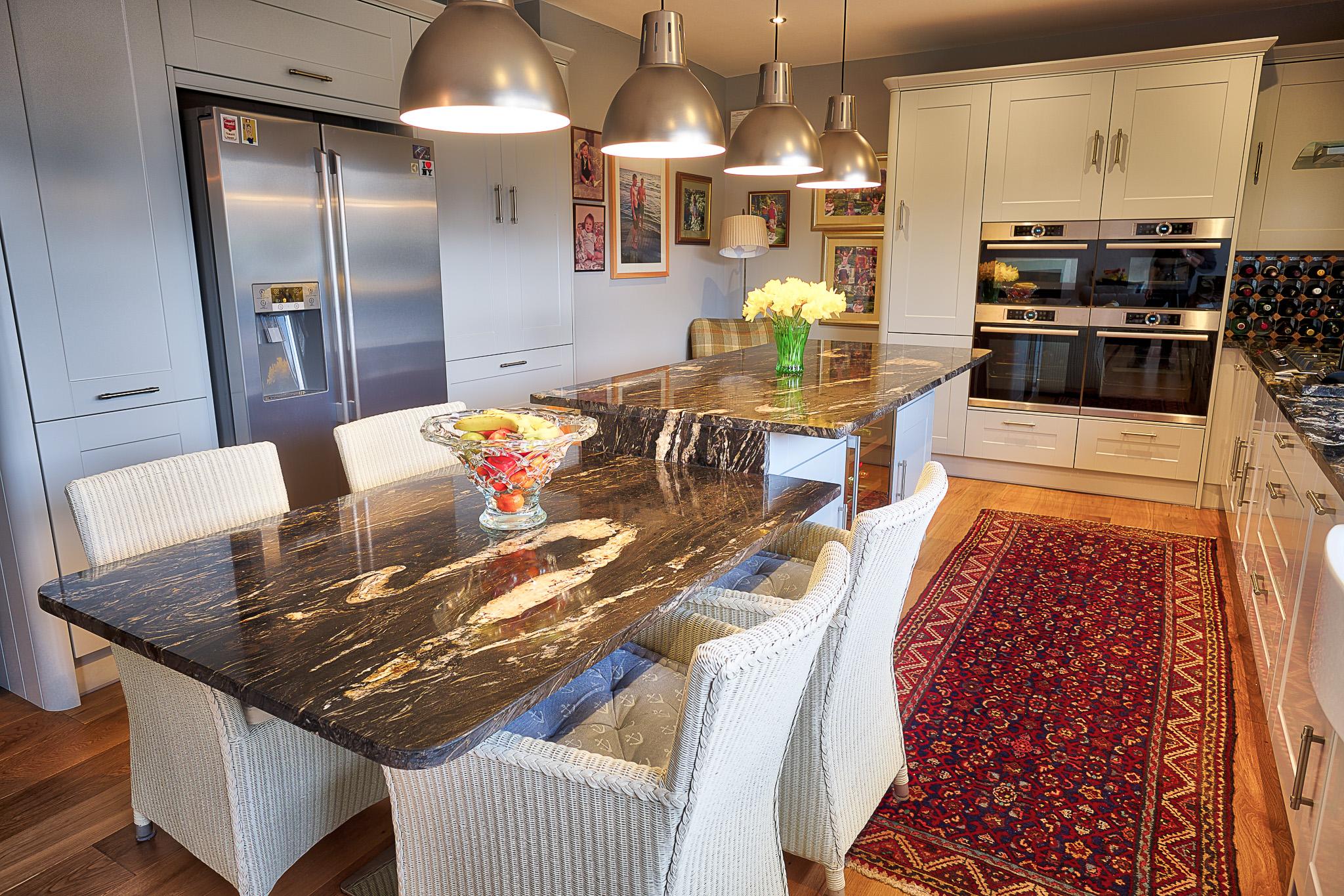 granite worktop - kitchen trends for 2019